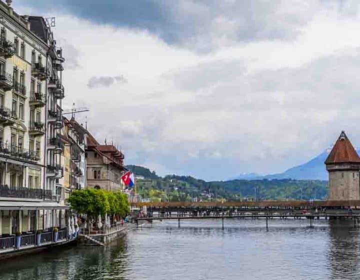 برنامج سياحي الى النمسا 15 يوم لشخصين
