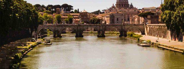 عرض سياحي الى ايطاليا 7 ايام لشخصين