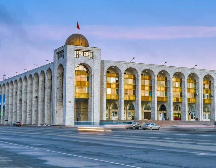 عرض سياحي في قيرغيزستان لمدة 10 أيام