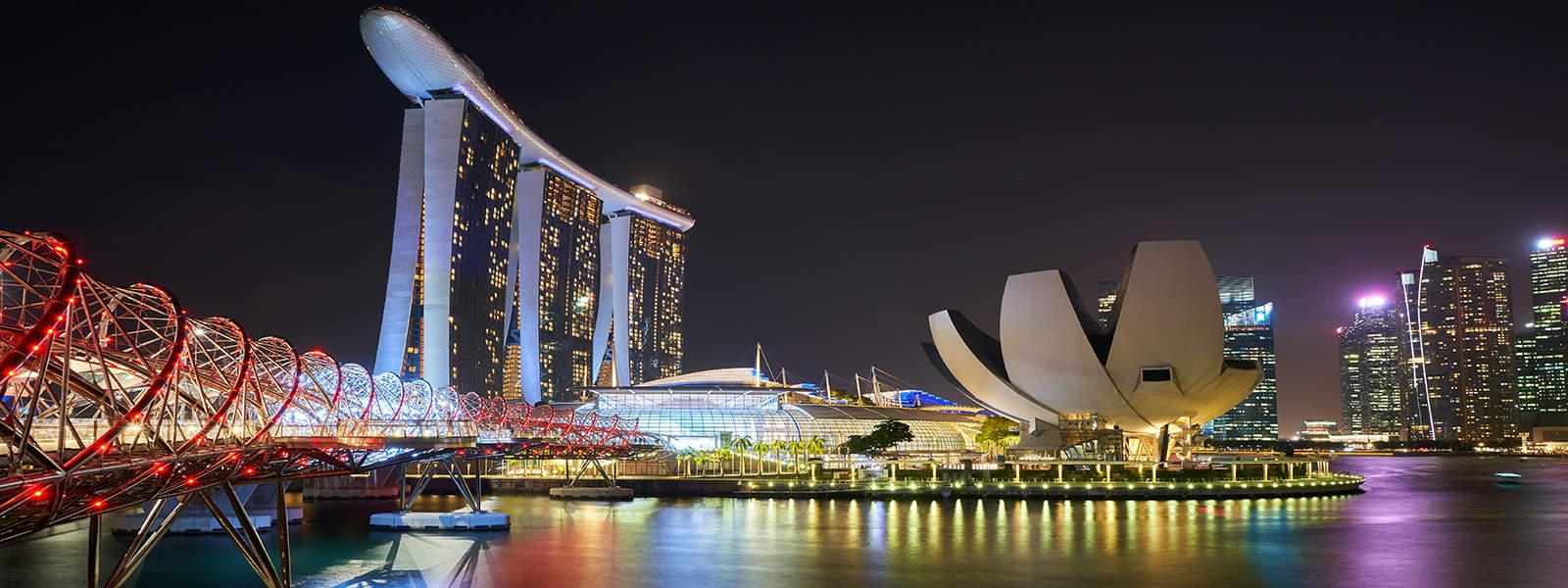 عرض سياحي 3 أيام الى سنغافورة لشخصين